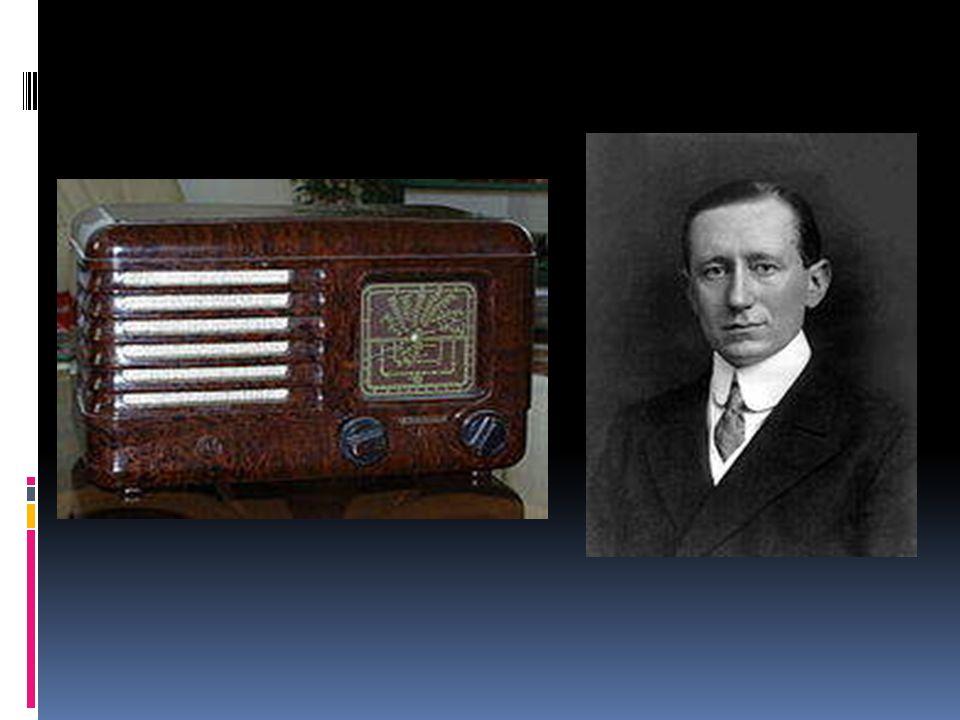 Radio Radio – dziedzina techniki zajmująca się przekazywaniem informacji na odległość za pomocą fal elektromagnetycznych.