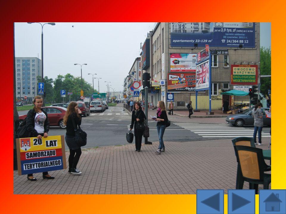Przepytaliśmy 221 przypadkowych mieszkańców Płocka. Ich opinie na temat samorządu terytorialnego były następujące