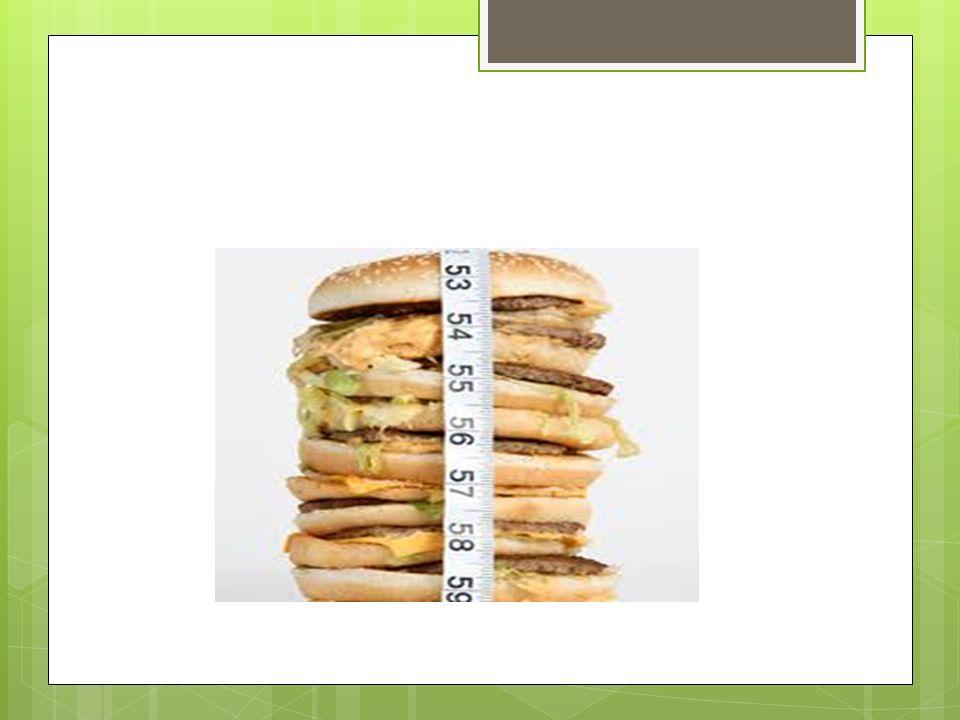 Nadmierne spożycie Nadmiar spożycia białka, węglowodanów i tłuszczów, w dostarczanym pożywieniu, głównie niemowlętom żywionym sztucznie, lub w sposób mieszany ma związek z występowaniem: - otyłości - cukrzycy typu 2
