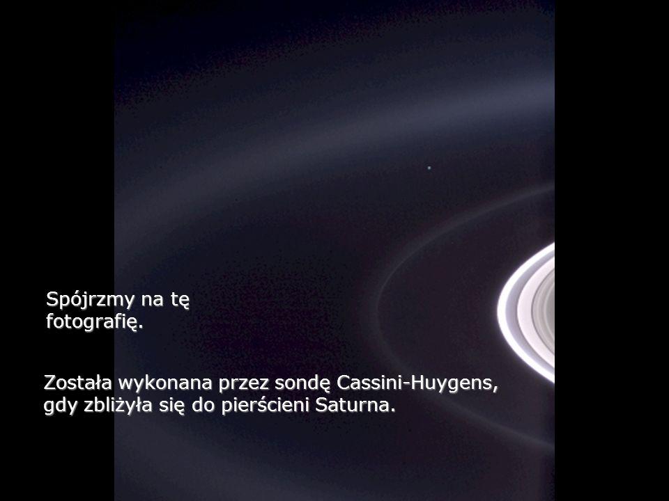 Antares jest 15tą gwiazdą pod względem jasności na naszym niebie.