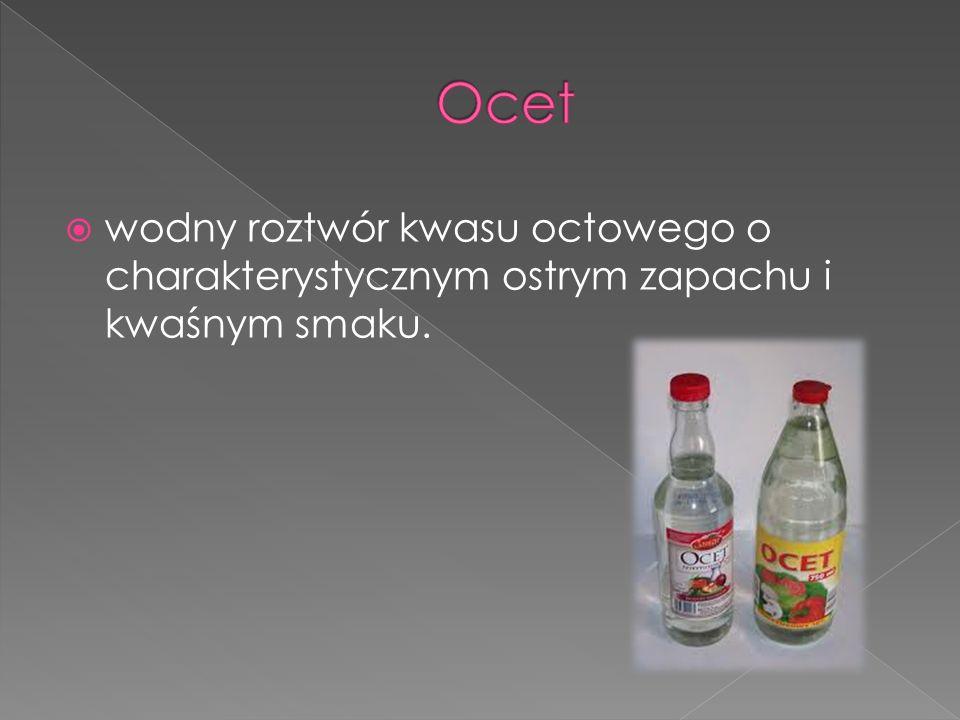 wodny roztwór kwasu octowego o charakterystycznym ostrym zapachu i kwaśnym smaku.