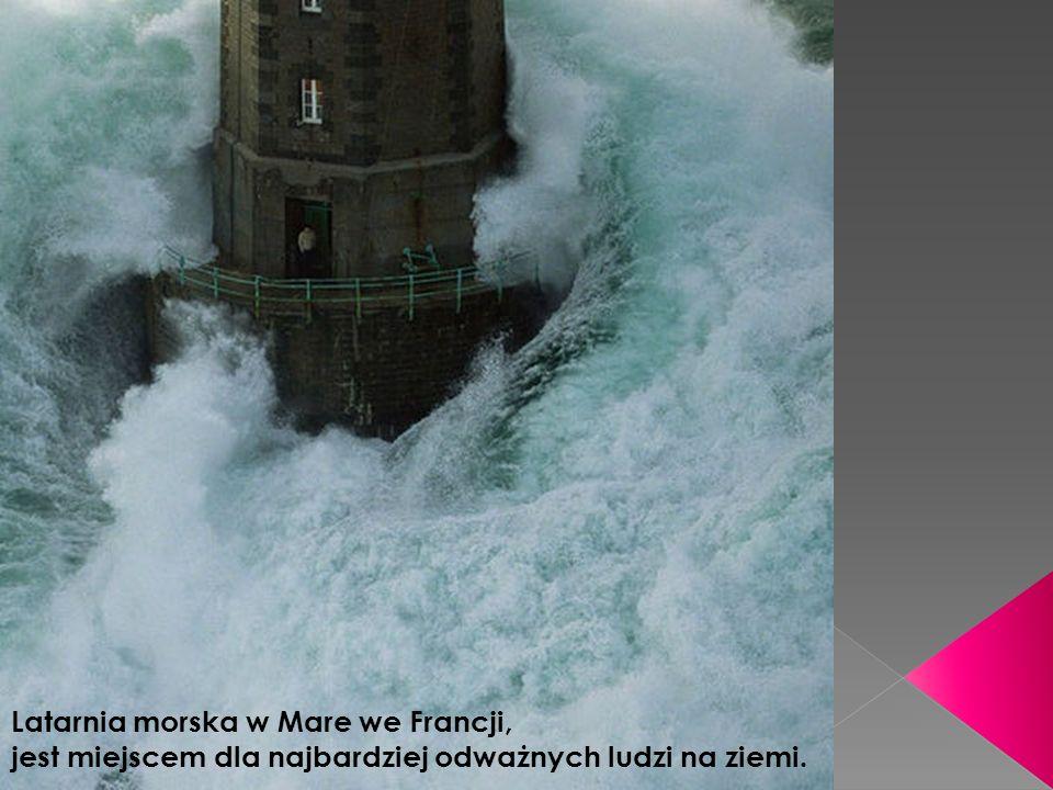 Latarnia morska w Mare we Francji, jest miejscem dla najbardziej odważnych ludzi na ziemi.