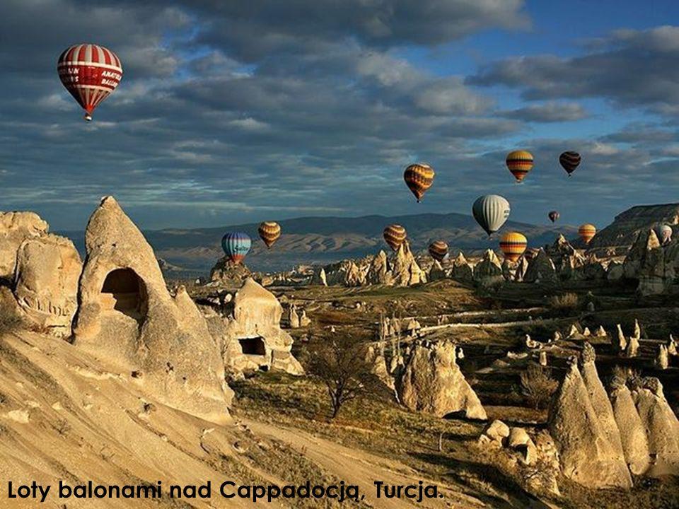Loty balonami nad Cappadocją, Turcja.