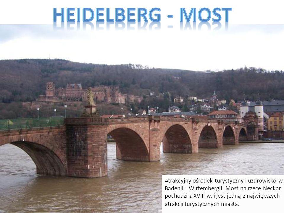 Atrakcyjny ośrodek turystyczny i uzdrowisko w Badenii - Wirtembergii. Most na rzece Neckar pochodzi z XVIII w. i jest jedną z największych atrakcji tu