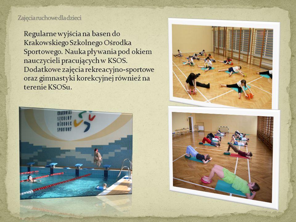 Regularne wyjścia na basen do Krakowskiego Szkolnego Ośrodka Sportowego. Nauka pływania pod okiem nauczycieli pracujących w KSOS. Dodatkowe zajęcia re