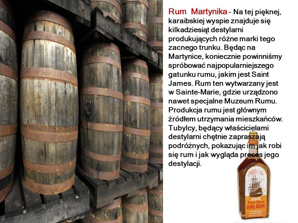 Oúzo Grecja - Jest 48-procentowym napojem alkoholowym, destylowanym z zacieru winogronowego pozostałego po wyrobie wina, doprawianym takimi ziołami, j