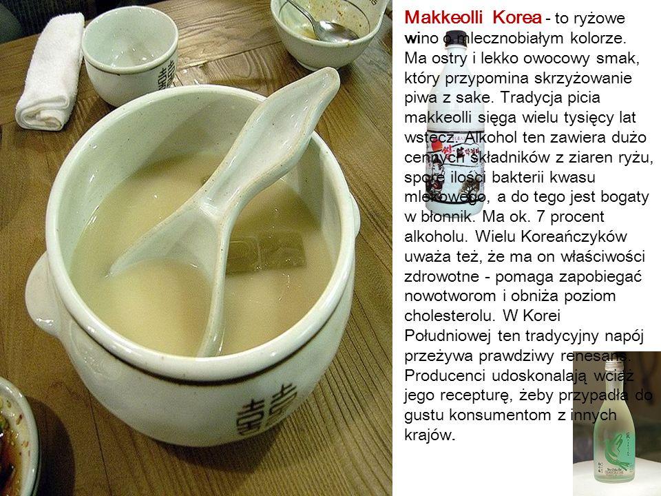 Kumys Mongolia - Mongołowie do produkcji niskoprocentowego napoju kumysu stosują mleko.