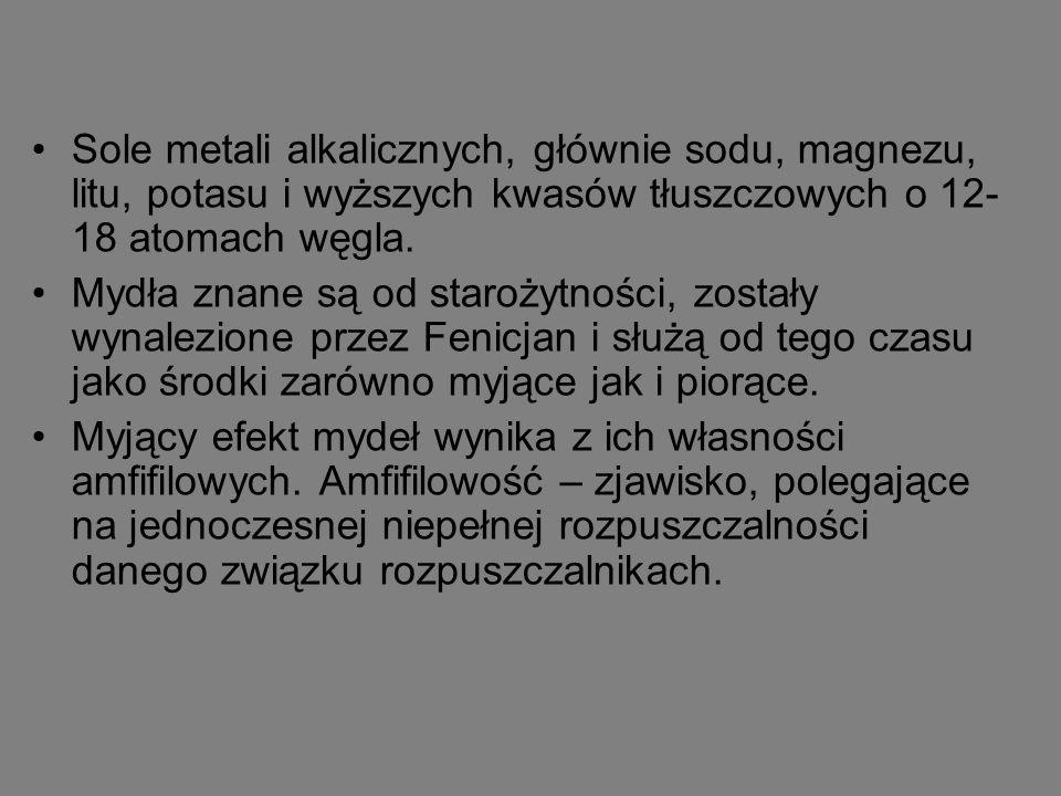 Sole metali alkalicznych, głównie sodu, magnezu, litu, potasu i wyższych kwasów tłuszczowych o 12- 18 atomach węgla.