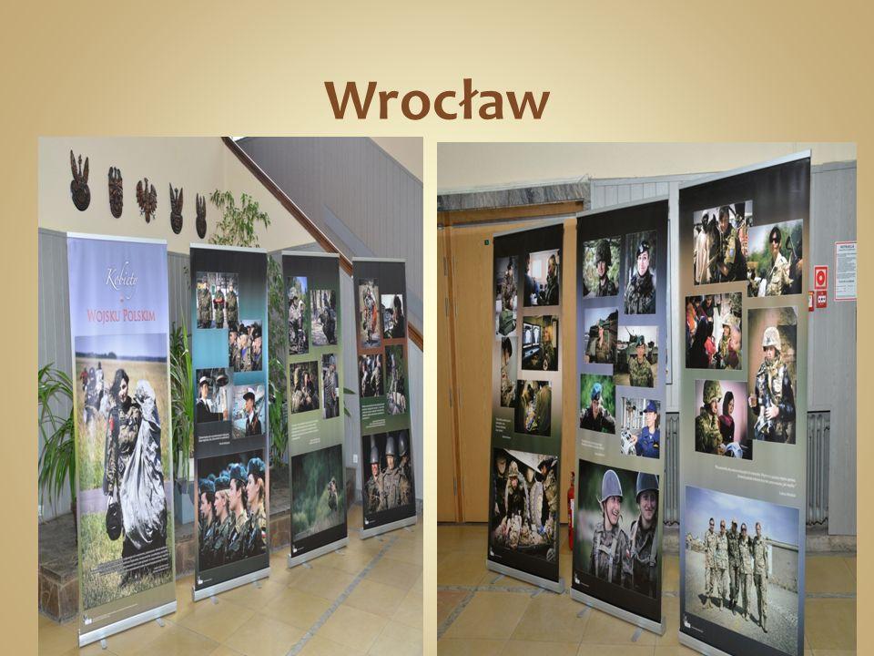 25 lat wojskowej służby kobiet 2013-10-22 Akademia Obrony Narodowej Warszawa (PAP) Siemoniak: celem MON jest 5 proc.