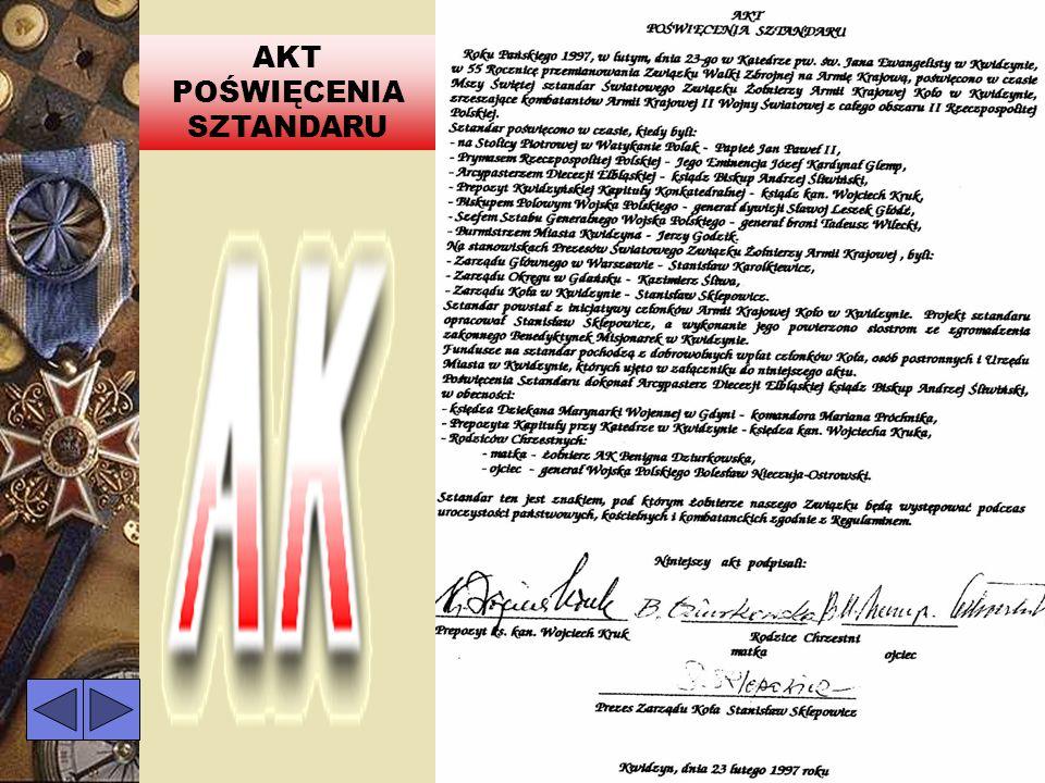 SZTANDAR KWIDZYŃSKIEGO KOŁA Poczet sztandarowy w składzie: Mieczysław Kochanowski, Stefan Malinowski, Jan Paśko.