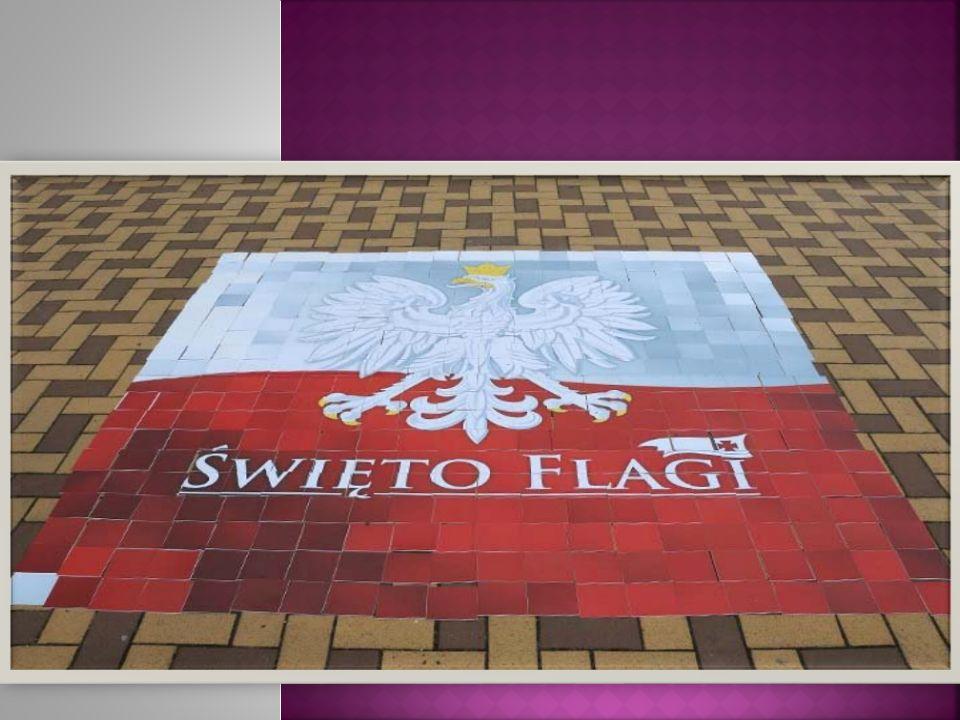W życiu każdego narodu są takie chwile, które każdego zmuszają do zatrzymania się, zastanowienia, do odnalezienia w sobie tych pokładów uczuć, które zbliżają wszystkich Polaków i czynią z nas jeden naród.