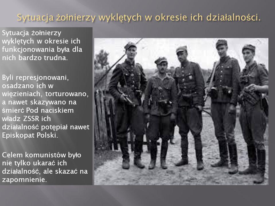Nazwa żołnierze wyklęci powstała niedawno, a dokładnie w 1993 r. Użyto jej na wystawie poświęconej podziemiu antykomunistycznym. Byli oni grupą partyz