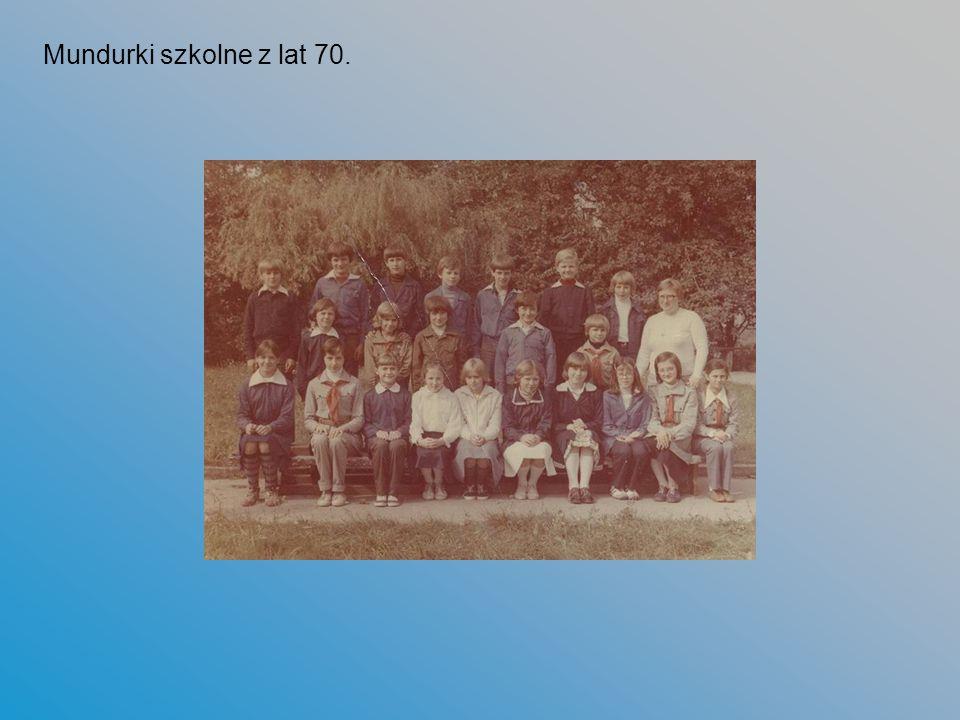 Mundurki szkolne z lat 70.