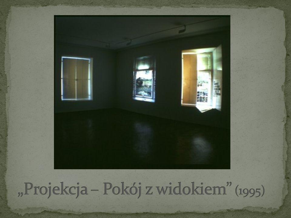 Urodzony 7 lipca 1959 w Pabianicach.