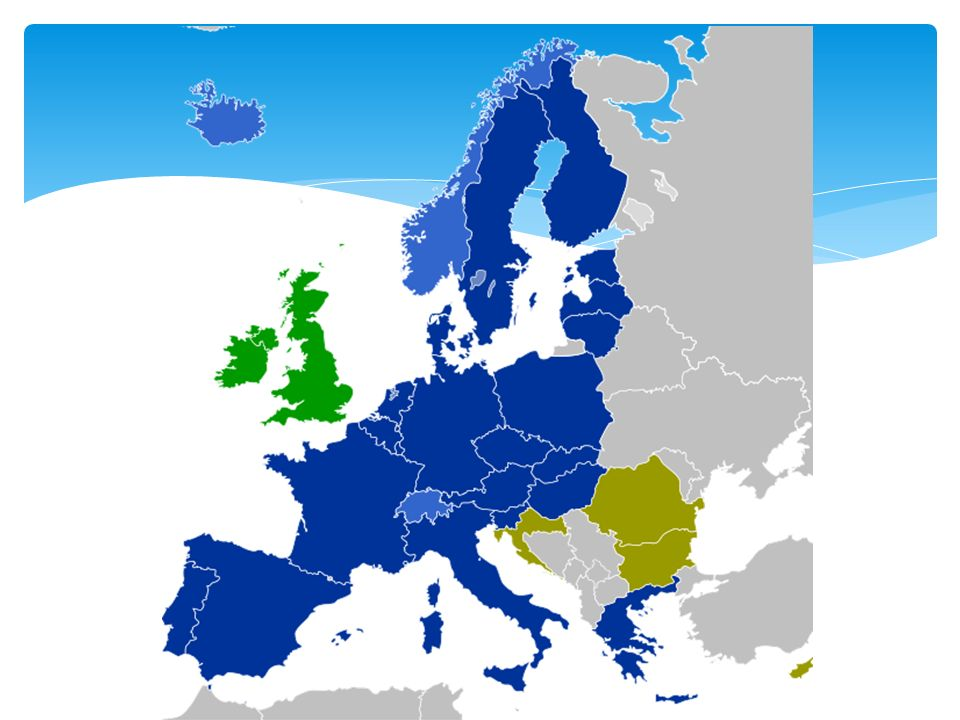 Członkostwo w Strefie Schengen oznacza więc dla nas jako młodych ludzi: Brak kontroli granicznej – wjeżdżamy na terytorium innego państwa członkowskiego bez zatrzymywania się co oszczędza nam sporo czasu.