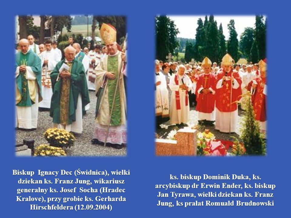 ks. biskup Dominik Duka, ks. arcybiskup dr Erwin Ender, ks. biskup Jan Tyrawa, wielki dziekan ks. Franz Jung, ks prałat Romuald Brudnowski Biskup Igna