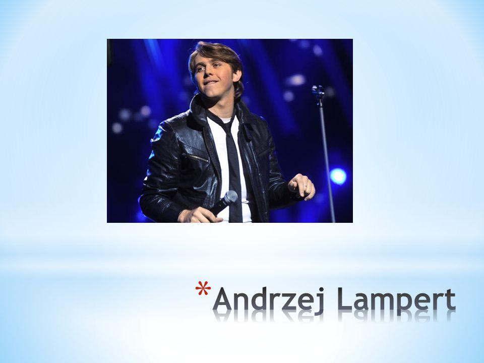 * Urodził się 21 października 1981 roku w Chorzowie.