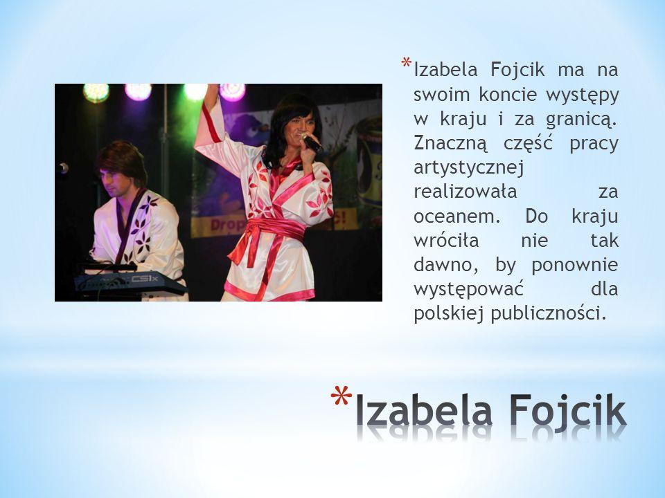 * Uczęszczała do Szkoły Podstawowej nr 13 im T. Kościuszki w latach 1984 – 1992. * W trakcie nauki w brała udział w wielu konkursach piosenkarskich i