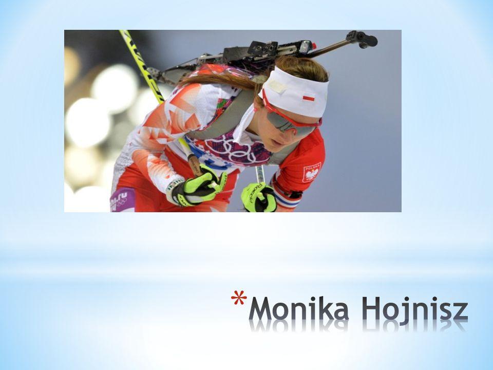 * Monika Hojnisz urodziła się 21 sierpnia 1991 roku w Chorzowie. * Do szkoły Podstawowej nr 13 w Chorzowie uczęszczała w latach 1998 – 2004. * Sportem