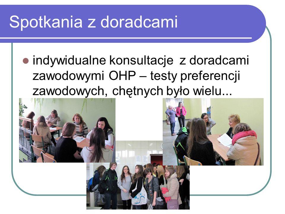 Spotkania z doradcami indywidualne konsultacje z doradcami zawodowymi OHP – testy preferencji zawodowych, chętnych było wielu...