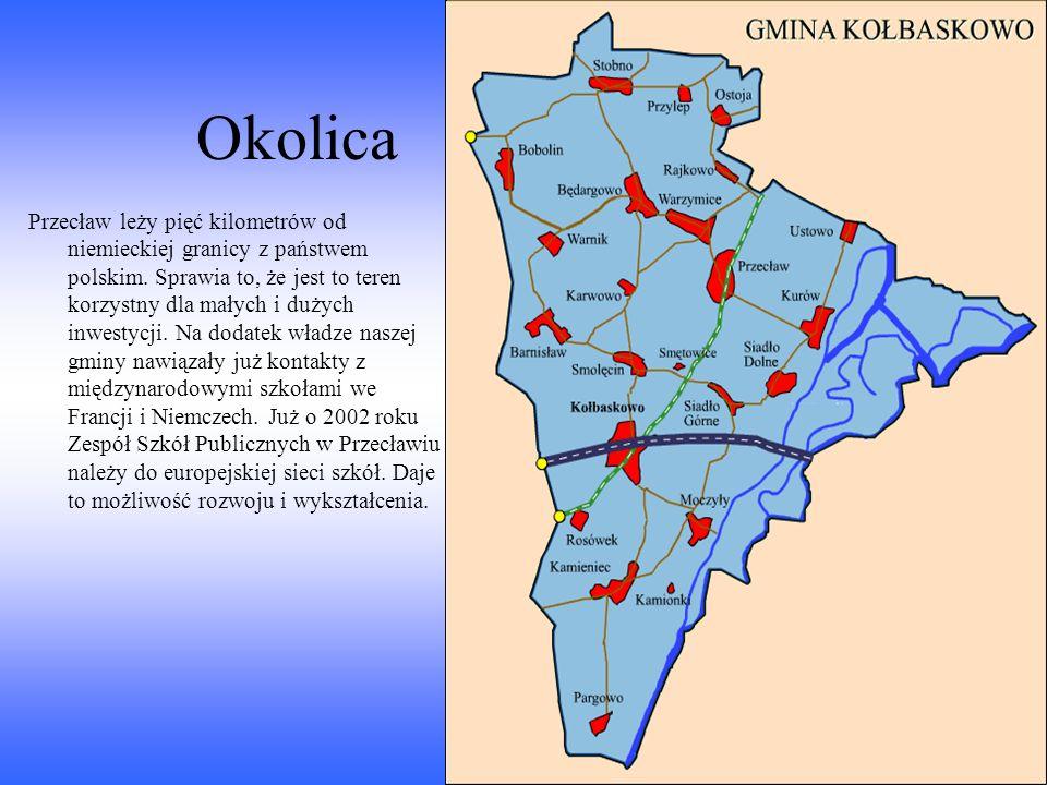 Ciekawostka Do ciekawych rzeczy należy to, że w całej okolicy Przecławia znajduje się wiele budowli sakralnych. To potwierdza fakt katolickich korzeni