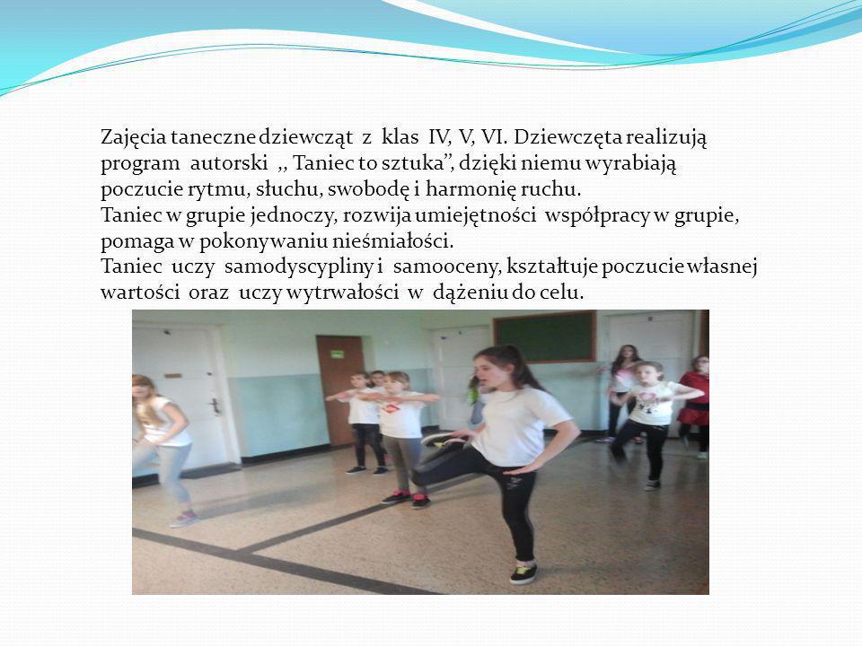 Zajęcia taneczne dziewcząt z klas IV, V, VI.