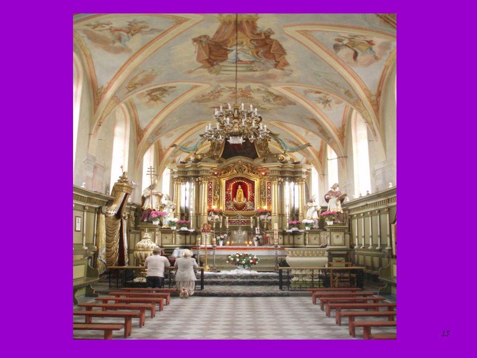 15 Ołtarz główny w kościele skępskim