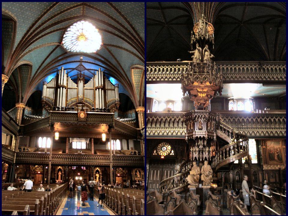 W 1870, Victor Bourgeau, Montreal architekt, zaprojektował ołtarz, ławki i ołtarz z posągów wykonane są z sosny przez francuskiego artysty Henri Bouri