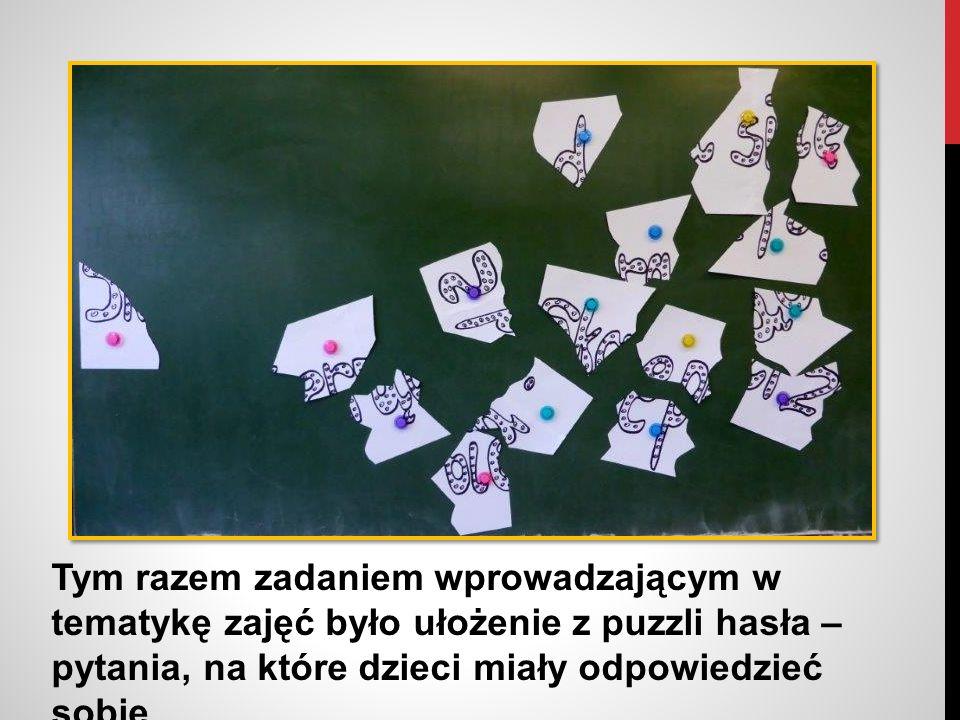 Uczniowie z dużym zapałem zabrali się do rozwikłania zagadki.