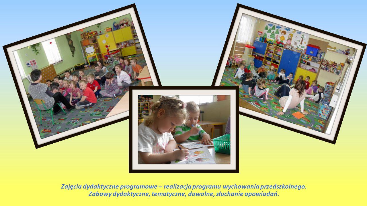 Zajęcia dydaktyczne programowe – realizacja programu wychowania przedszkolnego. Zabawy dydaktyczne, tematyczne, dowolne, słuchanie opowiadań.