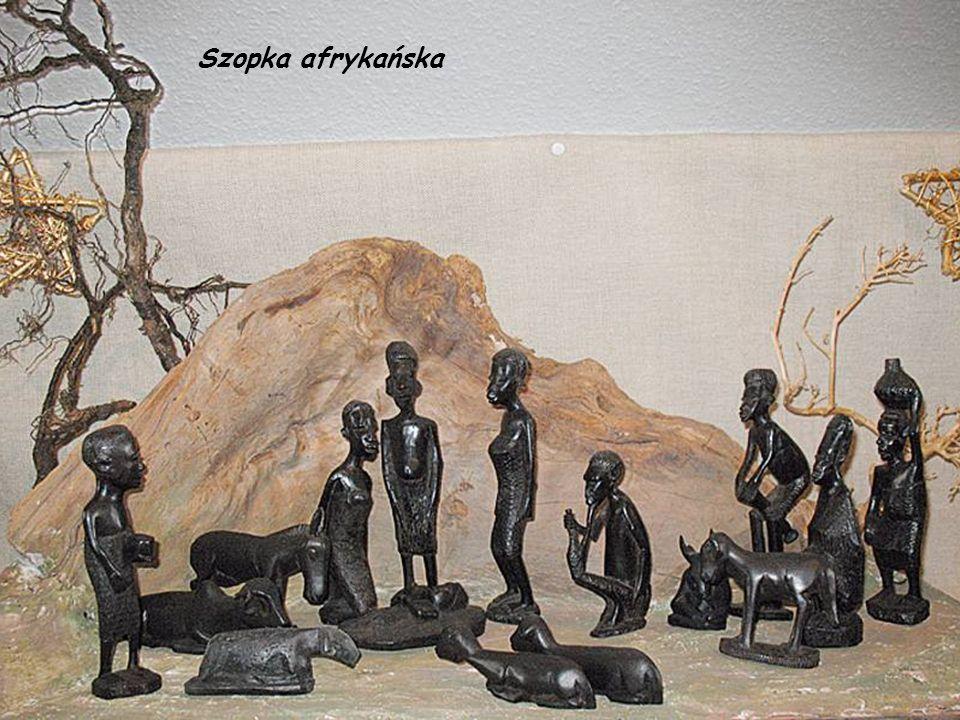 Afrykańska szopka wystrugana w drewnie