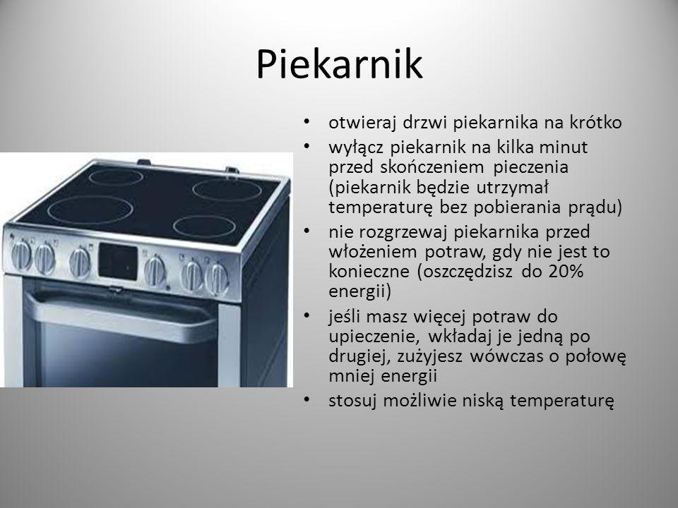 Czajnik elektryczny gotuj tylko taką ilość wody jaka jest Ci potrzebna regularnie usuwaj kamień z czajnika, dzięki temu będzie zużywał o 10% mniej energii wodę gotuj przy szczelnie zamkniętym wieczku, czajnik zużywa wówczas 35% mniej prądu