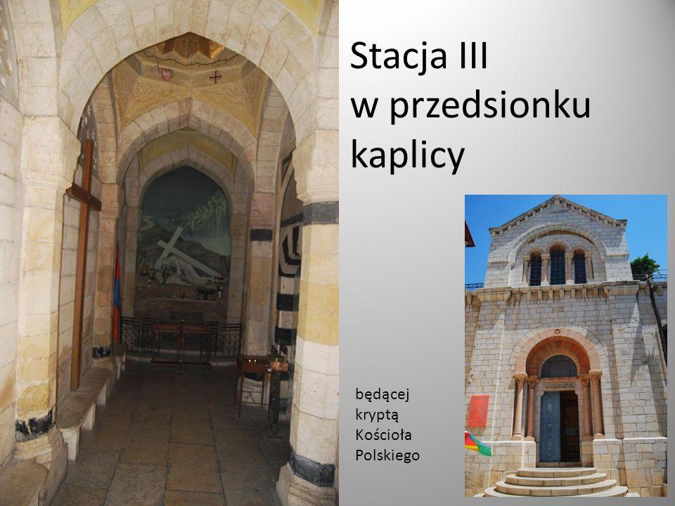 Stacja III w przedsionku kaplicy będącej kryptą Kościoła Polskiego