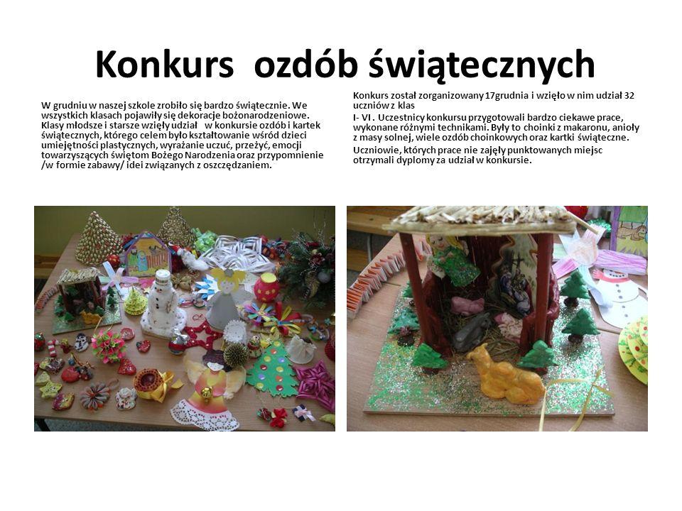 Konkurs ozdób świątecznych W grudniu w naszej szkole zrobiło się bardzo świątecznie. We wszystkich klasach pojawiły się dekoracje bożonarodzeniowe. Kl