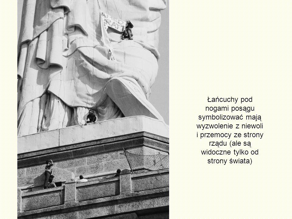 Rzeczywiście posąg przedstawia starożytną bogini Libertas