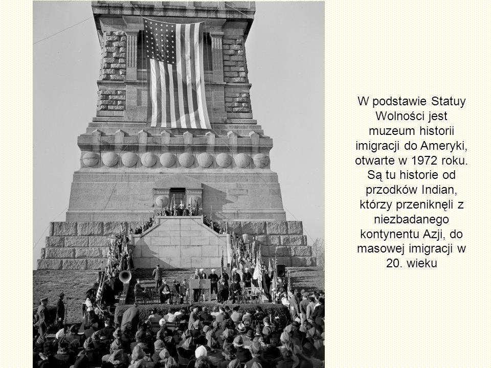 Posąg ma 46m wysokości i stoi na 47-metrowym cokole. Cały pomnik ma wysokość 93m nad ziemią. Pomnik waży 205 ton, a w obwodzie ma 10,6 m, szerokość us