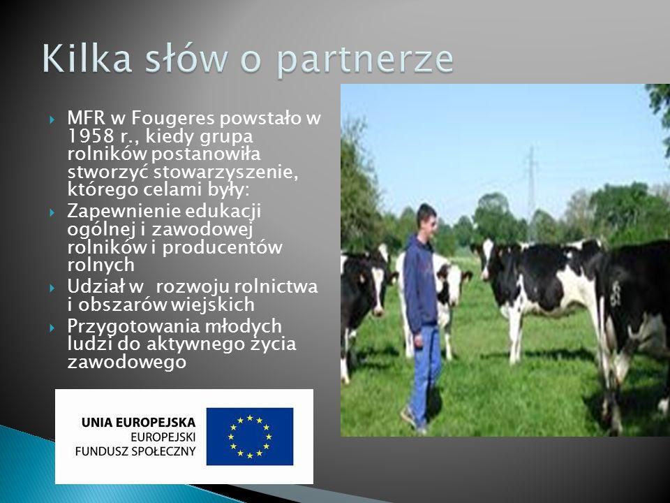 MFR w Fougeres powstało w 1958 r., kiedy grupa rolników postanowiła stworzyć stowarzyszenie, którego celami były: Zapewnienie edukacji ogólnej i zawodowej rolników i producentów rolnych Udział w rozwoju rolnictwa i obszarów wiejskich Przygotowania młodych ludzi do aktywnego życia zawodowego