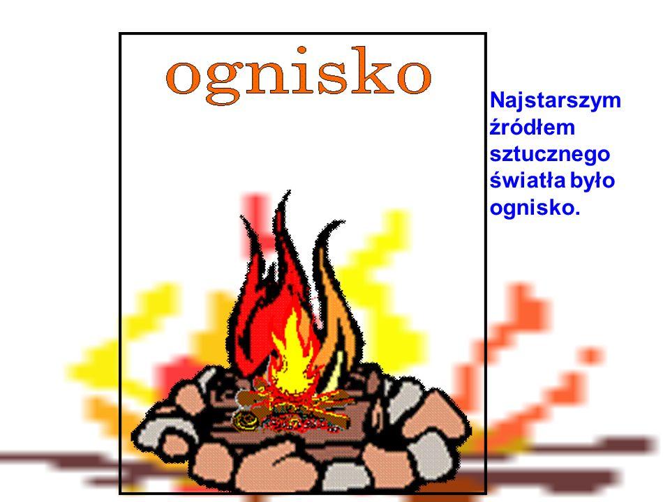 Ognisko rozpalane było przez pocieranie dwóch kawałków drewna, później przez krzesanie.