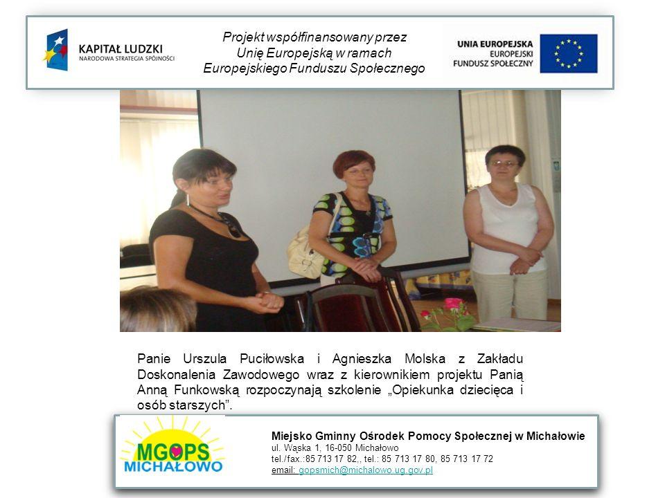 Panie Urszula Puciłowska i Agnieszka Molska z Zakładu Doskonalenia Zawodowego wraz z kierownikiem projektu Panią Anną Funkowską rozpoczynają szkolenie