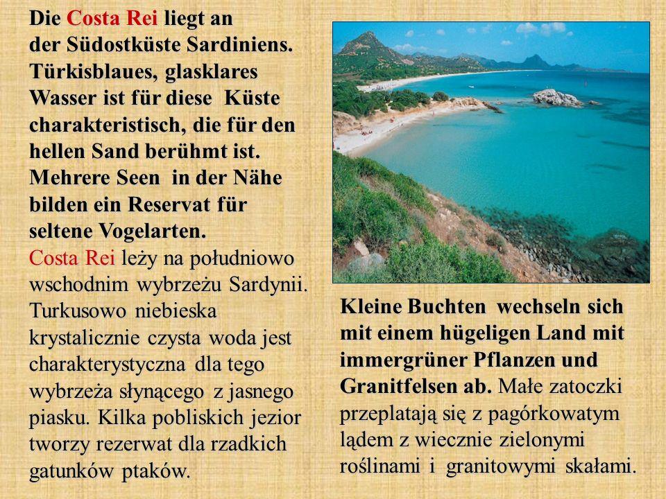 Die Costa Rei liegt an der Südostküste Sardiniens. Türkisblaues, glasklares Wasser ist für diese Küste charakteristisch, die für den hellen Sand berüh