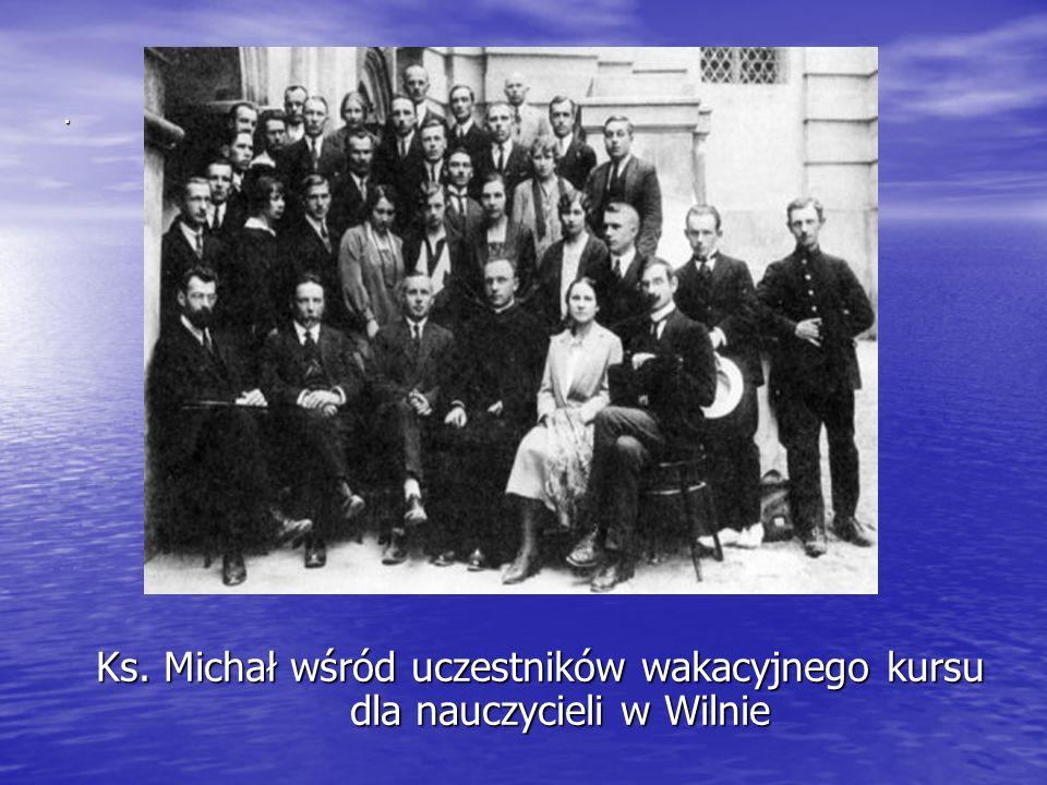 . Ks. Michał wśród uczestników wakacyjnego kursu dla nauczycieli w Wilnie
