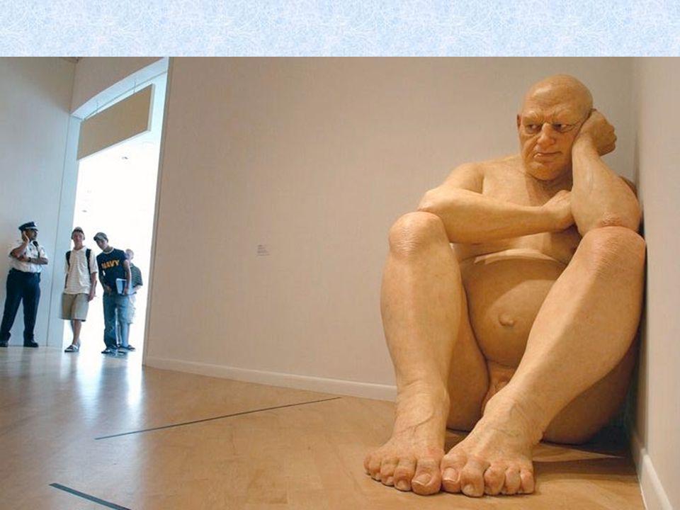 Dzieła Muecka wywierają ogromne wrażenie na zwiedzających.