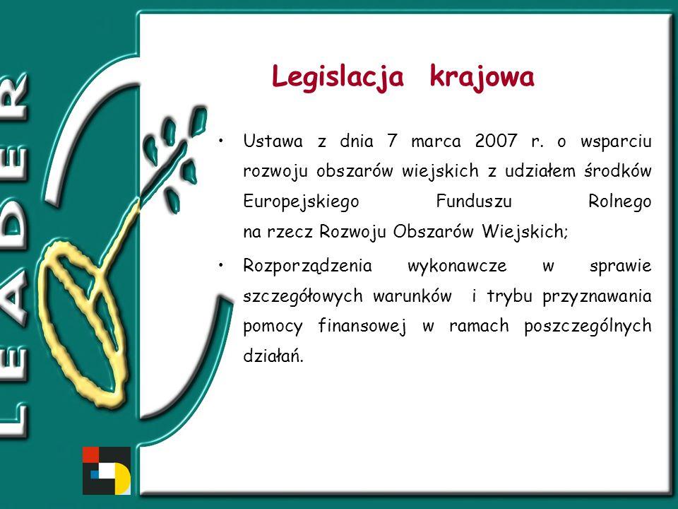 Główne założenia programu Leader 1.Utworzenie partnerstwa społecznego – Lokalnej Grupy Działania (LGD) - w skład której wchodzą przedstawiciele różnych podmiotów lokalnych z sektorów: publicznego, społecznego i ekonomicznego – obejmującej spójny obszar o wystarczającym potencjale prorozwojowym; 2.Opracowanie przez LGD Lokalnej Strategii Rozwoju (LSR); 3.Realizacja przedsięwzięć zgodnie z zapisami LSR.