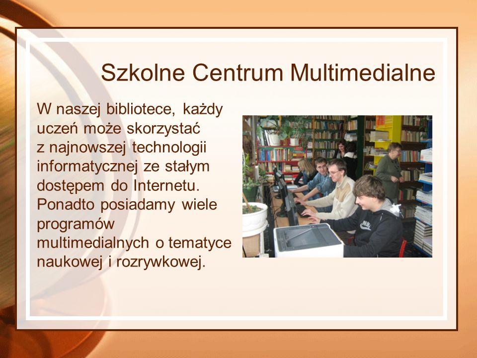 Szkolne Centrum Multimedialne W naszej bibliotece, każdy uczeń może skorzystać z najnowszej technologii informatycznej ze stałym dostępem do Internetu.