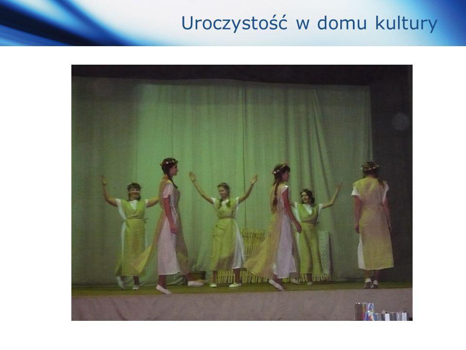 www.themegallery.com Company Logo Uroczystość w domu kultury