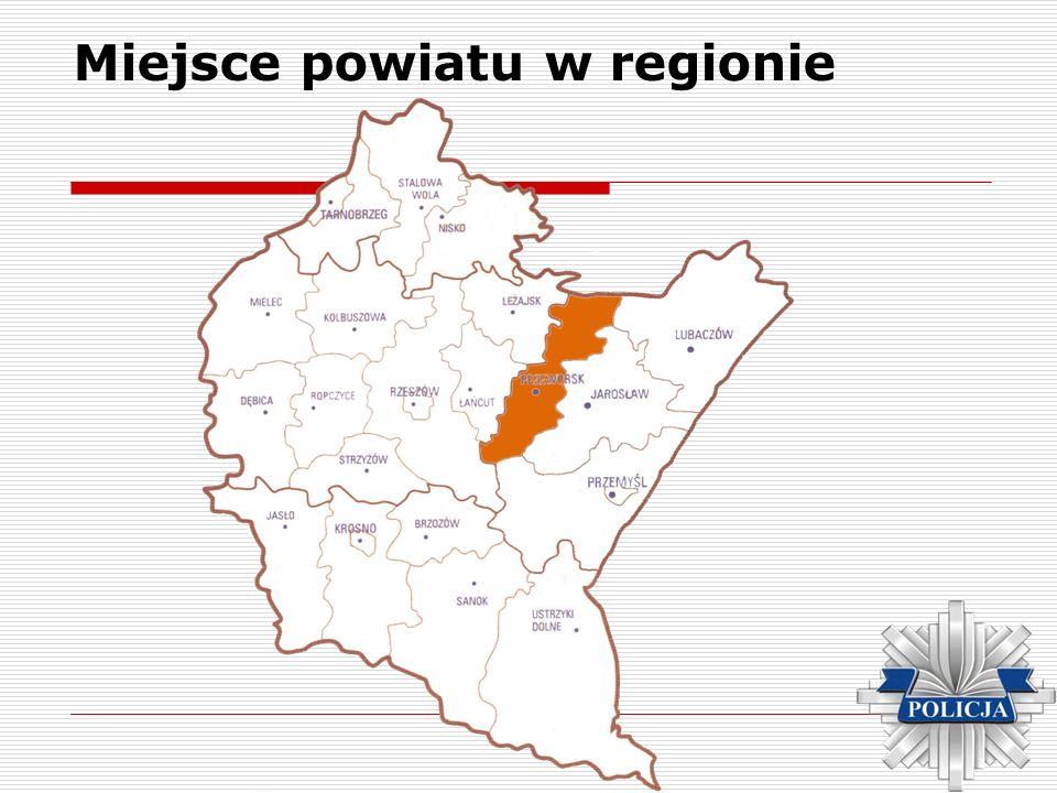 Miejsce powiatu w regionie Administracyjnie powiat przeworski obejmuje swym zasięgiem miasta i gminy: -Adamówkę, -Gać, -Jawornik Polski, -Kańczugę, -Przeworsk, -Sieniawę, -Zarzecze, -Tryńczę.
