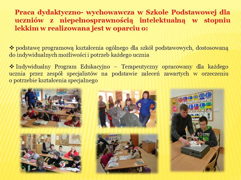 Praca dydaktyczno- wychowawcza w Szkole Podstawowej dla uczniów z niepełnosprawnością intelektualną w stopniu lekkim w realizowana jest w oparciu o: 