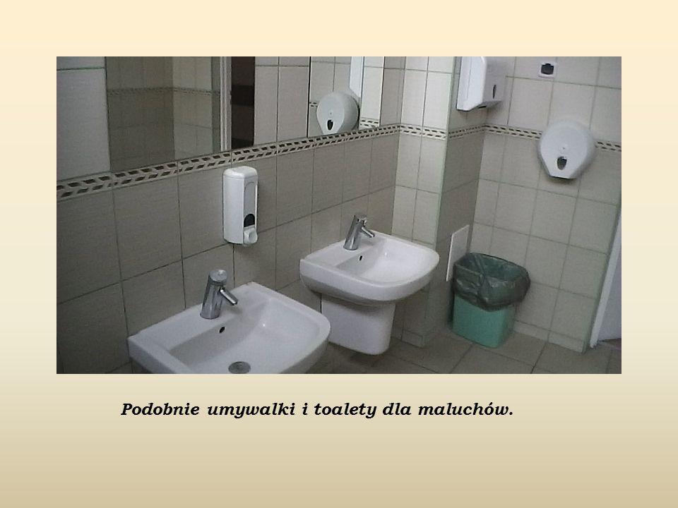 Podobnie umywalki i toalety dla maluchów.