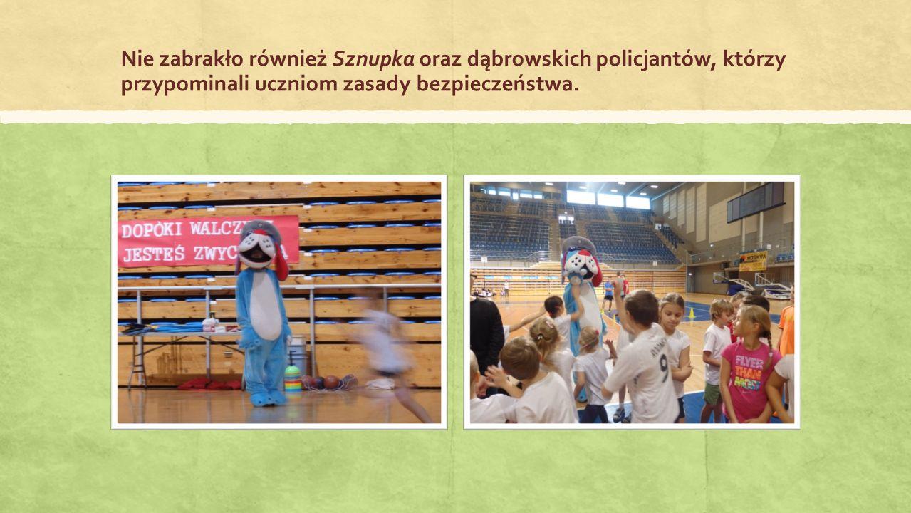 Nie zabrakło również Sznupka oraz dąbrowskich policjantów, którzy przypominali uczniom zasady bezpieczeństwa.