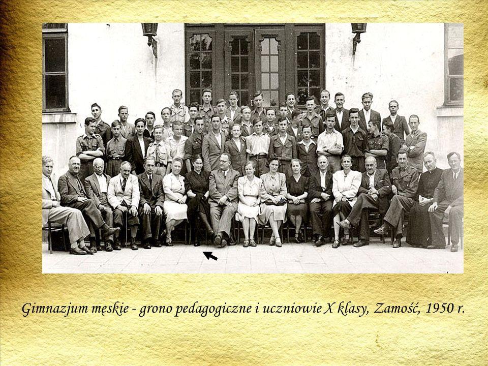 Gimnazjum męskie - grono pedagogiczne i uczniowie X klasy, Zamość, 1950 r.